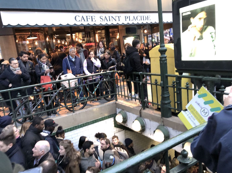 Saint Placide Metro Stop